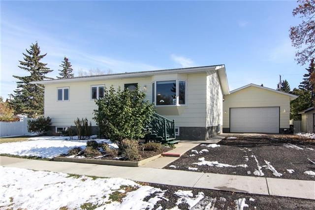 """Please click on """"Multimedia"""" for fantastic 3D Tour!  Looking for home that has been extremely well kept by the original owners, on 3 LOTS, on a whisper quiet street in the VERY desirable WEST end of High River - THIS IS IT!  Features include: fresh paint, massive 25x23 heated double garage (16x8.5 door!), huge RV parking space with RV sewer dump (rare!), large garden area (could be sodded for more yard space), rear deck with gazebo, newer furnace/hot water tank/roof (2013), vac-u-flo system, water softener, 3+1 bedrooms, new basement as of 2013, good sized kitchen, LARGE 9,150 sq ft lot, 2x6 construction (walls) and much more!  Location of this home is perfect - 1/2 block to Happy Trails, 2 blocks to hospital, 4 blocks to George Lane Park, 6 blocks to downtown and easy access to 12th Ave out to Highway.  This home has been very lovingly cared for by the original owners since 1980 - move in ready and total pride in ownership!"""