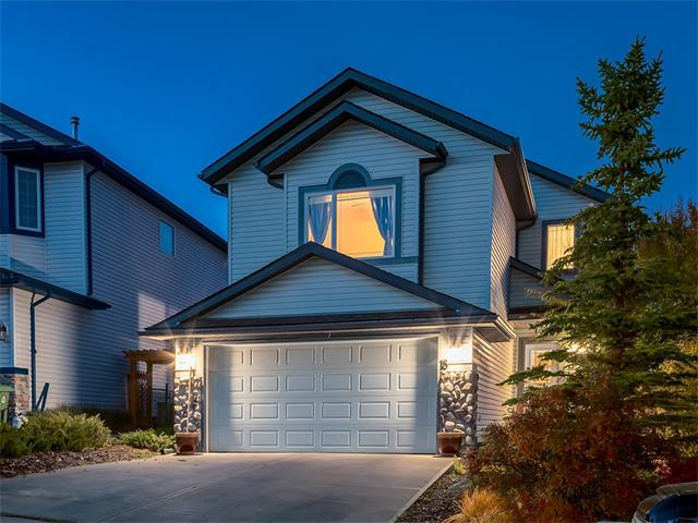GORGEOUS WALK-OUT home w/over 2650 sq ft of FULLY DEVELOPED living space w/STUNNING RAVINE VIEWS on a LARGE 536 sq mt lot in the POPULAR community of BOW RIDGE! TONS of features you will LOVE inc FULL A/C, knockdown 9 ft ceilings, COZY GAS FIREPLACE, FINISHED WALK-OUT basement,  WALKING DISTANCE to the BOW RIVER + more! The SPACIOUS floor plan has a WELCOMING foyer w/closet, half bath + LAUNDRY/mud rm. OPEN CONCEPT living area w/FIREPLACE w/TILE surround, BEAUTIFUL kitchen w/MAPLE cabinetry ISLAND w/BFAST BAR, matching WHITE appliances, HANDY WALK-THRU PANTRY + dining area w/doors to the RAISED DECK w/AMAZING FOOTHILLS VIEWS! Upstairs is a LARGE BONUS rm, family bathroom + 3 GOOD SIZED bedrooms inc the BIG Master Suite w/WALK-IN closet + 4 pce EN-SUITE w/CORNER SOAKER TUB! The basement has a 4th LARGE bedroom, FAMILY RM, BIG storage rm + 4 pce bathroom! Walk right out to the GREAT PATIO + BEAUTIFUL LANDSCAPED YARD w/MATURE TREES + SHRUBS! AMAZING VALUE here so book your showing today!!!
