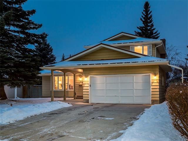 This 5 bdrm/4 bath home is nestled in a quiet keyhole cul-de-sac & has an exceptional layout that boasts over 2750sqft of DEVELOPED living space. The main floor is well thought out: (2) living rooms, formal dining, a large bdrm/office, 2-pc powder room & MAIN FLOOR LAUNDRY. The master will not disappoint w/ its updated ensuite & W/I closet. The upstairs is completed by 2 additional bdrms. The DEVELOPED bsmt hosts a LARGE 2nd family room, 5th bdrm & flex room. The bsmt development did not sacrifice storage - there is impressive storage throughout. This BRIGHT home has been WELL-MAINTAINED: FURNACE replaced (2012), newer S/S appliances (3 yrs old), HARDWOOD flooring (main floor resurfaced in 2008 & upstairs installed 2014), sunken living room raised on main floor, newer paint, ALL 4 baths updated (2008-2016) & eaves (2 yrs old). Parkland homes Calgary?s top schools, Park96 & Fish Creek Park. Close to all amenities & quick access to Deerfoot & Macleod. This home includes a HOME SYSTEMS WARRANTY.