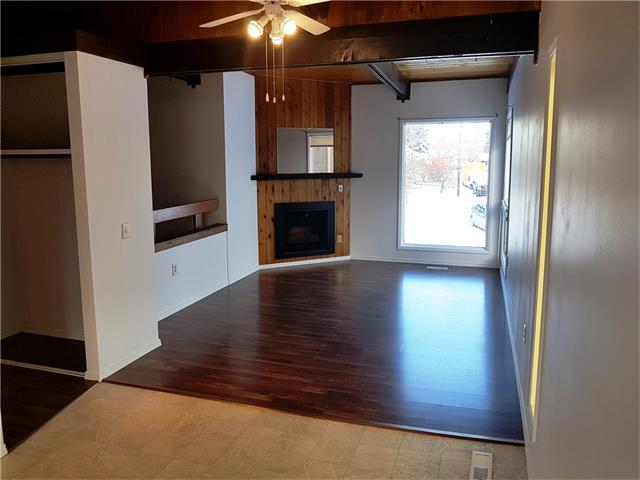No Condo fees !!! Updated half duplex on quiet street in Queensland close to all amenities. No Condo Fees !!! This updated unit includes newer kitchen with all stainless steel appliances . Newer flooring throughout the home . The backyard is larger than most with off street parking . This side can be purchased with 80 Isabella ( c4145540 ) to have ownership of both sides of the duplex. Both sides are move in ready.