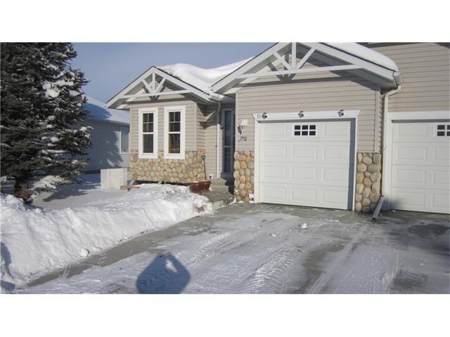 WELL MAINTAINED 2 BEDROOM BUNGALOW. FEATURES INCLUDE 2 BEDROOMS, 2, 4 PIECE BATHS LOWER BATH HAS A JETTED TUB, FIREPLACE, ENSUITE LAUNDRY, AIR CONDITIONING, SINGLE ATTACHED. GARAGE, 5 APPLIANCES INCLUDED, ALL WINDOW COVERINGS INCLUDED, HUGE LOWER LEVEL FAMILY ROOM, DEN ON MAIN LEVEL, QUICK POSSESSION IS POSSIBLE. CALL YOUR REALTOR TO SHOW.