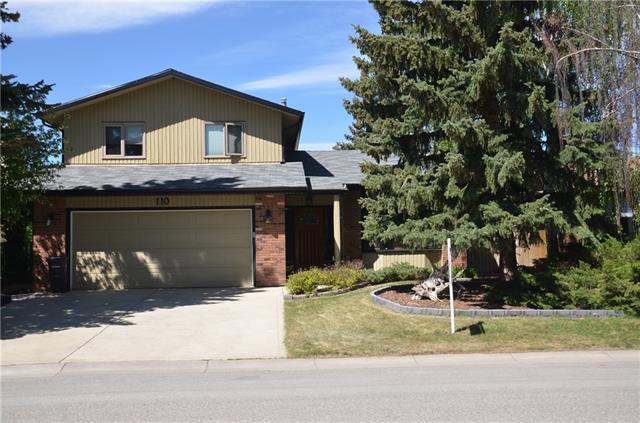 "Great home, Great Price!Perfect family home in perfect location.Spacious tiled entryway leads into the warm, inviting living room offering cedar wainscotting and cypress wood laminate flooring. STYLISH kitchen BOASTS upscale maple ""Irish Cream"" cabinetry, centre island with quartz countertop, unique garden window and built-in custom dining cabinetry. Step down into the  family room featuring Napoleon gas fireplace insert with brick surround and unique wood ""country-styled"" panelling. French doors lead to a wonderful back garden with rundle stone accents, raised flowerbeds, brick lined flower beds and many perennials. Upgraded 1/2 bath is conveniently located off the family room. There are 3 bedrooms on the upper level with a good-sized master that can  accommodate your king bed and a stunning 3 pce ensuite totally upgraded with travertine flooring and wainscotting, custom maple cabinets, grohe fixtures and huge custom shower."