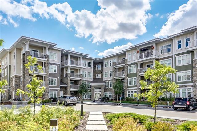 BUYER can assume mortgage with just under $25k down and a fixed 2.59% rate until July 2020, OAC! Within blocks of the Lake, this perfect main floor unit has a patio, new trees & a little green space, perfect for kids & pets!! Welcome to 51 Oak built by Truman! A rare main floor, private, south facing unit that backs onto the new Sandgate complex, comparable units in Sandgate, backing on to this unit are sold out at a $350k+ purchase price! This condo is absolutely stunning & will welcome you the moment you arrive. Bright and airy, with loads of fabulous features this 2 bedroom, 2 full bathroom & den is sure to check all the must haves on your list. Beautiful finishings, an upgraded Frigidaire appliance package, gorgeous cork flooring, quartz countertop with under mount sink, full size stacking in suite laundry, oversized patio with gas hook up, titled underground parking, additional storage & condo fees at $280/month, this condo has it all & is inarguably located in one of the best locations in Mahogany!