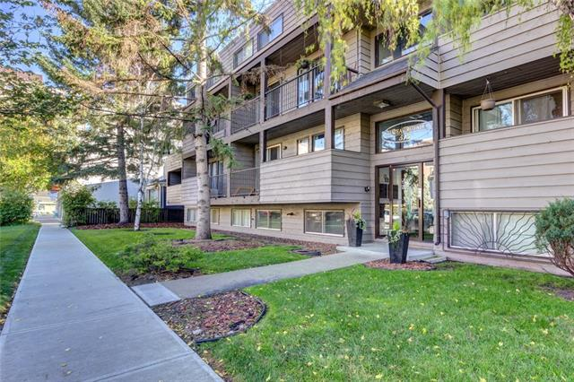 Live in the heart of Cliff Bungalow.   You will enjoy this 2 bedroom, 2 level condo unit with in-suite laundry and 719 sq.ft. of living space.  Upper level boasts a galley style kitchen, eating area, a bright living room and a large balcony.  Lower level has large windows for lots of light with 2 bedrooms, a        4- piece bathroom and stackable washer/dryer laundry area.  Access your unit from the upper or lower level.  Brand new carpet and newer laminate throughout the unit.  A well managed building with good financials, no future special assessments and was dry in the 2013 flood.  Conveniently located and walkable to The Core, Mission, The Saddledome, 17th Avenue, pathways and great shops and restaurants.  You cannot beat the location! (Above grade 366 sq.ft., Below grade 354 sq.ft.)