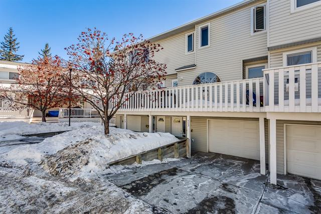 **OPEN HOUSE SUNDAY MARCH 18 2PM-4PM**Great location & fantastic value!! Enjoy Inner City living with attached tandem garage & all of the modern conveniences. This updated two bedroom townhome features main floor living room with gas fireplace, gleaming hardwood floors and lot's of natural light. Eat in kitchen with access to one of two balconies and two piece powder room. Upstairs hosts 2 bedrooms with the spacious master bedroom, four piece bathroom with soaker tub & an open loft bonus room ideal for office or exercise room. Attached tandem garage with plenty of storage space. Visitor parking close by. Great location close to all amenities. Don't miss this opportunity!!