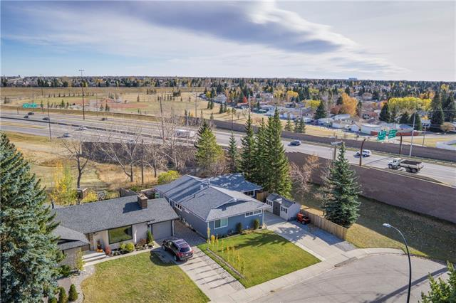 AMAZING fully finished BUNGALOW w/OVER 2371 sq ft, located on HUGE 562 sq mt CRNR LOT, w/EXTENSIVELY LANDSCAPED, WEST facing YARD, backing onto the MAPLE RIDGE GOLF COURSE!!! FANTASTIC UPDATES incl: (2016) ROOF, NEW Sliding GLASS drs + WINDOWS, H2O Softener, UPDATED KITCHEN, 4 DECKS w/2 PATIO dr's, LRG SHED + MORE! BEAUTIFUL CURB appeal w/PORCH, front DRIVEWAY, BRIGHT + OPEN main w/STONE GAS F/P in Living rm w/access to DECK, SPACIOUS Dining w/BUILT-IN's, NOOK/FEAT wall + UNINTERRUPTED views of yard + GOLF COURSE, UPDATED Kitchen w/2-sided B-FAST BAR, LOTS storage + counter space, ISLAND + WINDOW over sink! UPDATED 4pc bath w/HUGE Glass SHWR, 3 GREAT-sized Bdrms incl the 2nd BDRM w/HANDY Murphy bed + MASTER w/MIRROR closet + 2pc EN-SUITE! DEV Bsmnt w/LRG REC rm, 2 FLEX rm?s; great for an OFFICE, WORKSHOP or 4th PTNL bdrm (sans window), STORAGE, 4pc Bath + Laundry/Utility rm! OASIS yard w/3 upper + 1 lower deck w/built-in LIGHTS on stairway, side PATIO, MATURE trees, shrubs, TURF + Metal + Wood Railing!!!
