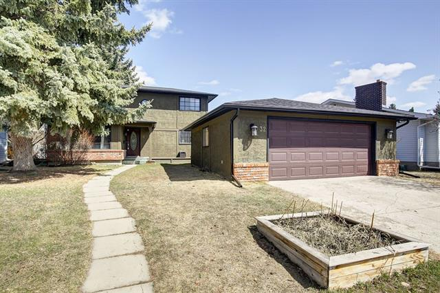 Ok folks NOW IS THE TIME! Extremely well cared for two storey home on a serene cul-de-sac in the ever popular community of Oakridge! Just move-in and enjoy some of these features: Kitchen counters redone (2015), stainless steel appliances, high efficiency furnace (2010), roof shingles done (2009), new side deck (2015), Bathrooms updated 2009 (half bath) 2014 (main bath), 4 BRAND NEW WINDOWS in bedrooms and dining room! Hardwood and tile floors throughout the main level with a family room, formal dining area for you and your guests, a spacious living room and a beautiful kitchen for the talented cook. The upstairs features a huge master retreat, a stunning main bath and 2 more bedrooms for your family or guests! The basement is partly complete with a huge recreational room and a laundry area. An oversized double detached garage