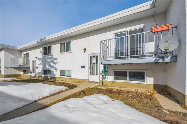 If you're just starting out or looking for a good property to add to your rental portfolio this may be the perfect unit for you. Located close to a high school, city transit, shopping, bike paths and of course the great Bowness Park. This complex is well maintained and fenced all around. The unit has had renovations throughout and consists of a large kitchen and dining room area and an oversized living room that will handle most any size furniture. The two bedrooms are located on the lower level and are separated by the bathroom and utility room. There is an assigned parking stall in the back and addition parking out front. An easy drive to downtown, the University of Calgary and Market Mall. Contact your favorite realtor to book your own private viewing today.