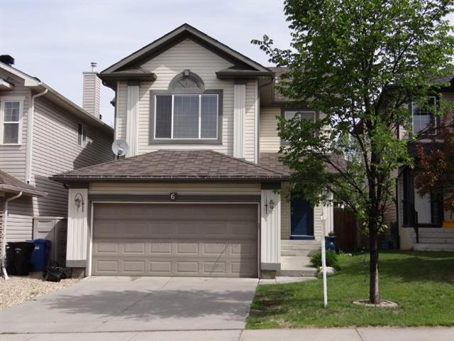Here is a great opportunity to own a fully finished family home in a red hot community. Situated on a quiet cull- de- sac, and backing onto a green space and pathway walking distance to 3 schools. The open main floor plan offers a spacious front foyer with extensive tile and hardwood flooring a family room kitchen and nook with pantry. The rest of the main floor features a mud room and laundry room and main floor two piece bathroom. Upstairs you are treated to a sunny bonus room with vaulted ceiling, hardwood floor and mountain views; a generous size master bedroom with walk-in closet and en-suite bathroom. Two great size bedrooms and four piece bathroom completes this upper floor. The fully finished basement features another family room with nice size functional bedroom another four piece bathroom and storage space. Other outstanding features are air conditioning and hot water on demand system. Please view supplements above the picture for more information.