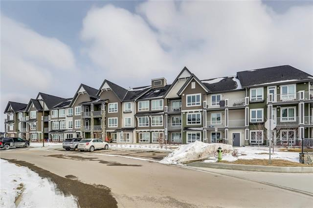 Wow! Welcome to the Sawyer. This modern complex has it all including underground parking and sleek design. This well planned 2 bed 2 bath unit includes air conditioning, chef kitchen, insuite laundry, west facing balcony and designer look. The complex is a stones through from shopping and Spruce Meadows. Call today to view!