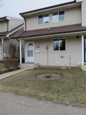 This bright, sunny, clean, 1100 SQ/FT, 2-storey, three bedroom unit is in move-in condition. This is a corner unit which offers more privacy.  The owners have upgraded the Kitchen and bathrooms.The living room opens to a beautiful fenced backyard complete with a deck. The Basement is partially finished with a family room. Don't miss out on this gem.