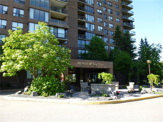 ***WATERFRONT*** SPACIOUS TWO BEDROOM MODERN SUITE ON THE BANKS OF THE BOW RIVER. MAGNIFICENT RIVER & VALLEY VIEWS. FLOOR TO CEILINGS WALL OF WINDOWS. MASTER BEDROOM OFFERS 2 PIECE EN-SUITE AND WALK-IN CLOSET. SECURE INDOOR PARKING & CAR WASH BAY.  MAINTENANCE FEES INCLUDE ALL UTILITIES INCLUDING ELECTRICITY.  MEMBERSHIP TO THE ADJOINING RIVERSIDE CLUB AND WELLNESS CENTRE, SALT WATER POOL, GOLF ACADEMY & TENNIS COURTS IS OFFERED TO RESIDENTS AT A REDUCED FEE. WALKING, BIKING & JOGGING PATHWAYS ALONG THE RIVER LEAD TO MANY POINTS OF INTEREST INCLUDING DOUGLAS FIR TRAIL, EDWORTHY AND BOWNESS PARKS. 24/7 CONCIERGE...IT'S LIKE LIVING IN A RESORT WITH NO CHECKOUT TIME. MINUTES TO CITY CENTRE, U OF C, MARKET MALL, CHILDREN'S AND FOOTHILLS HOSPITALS. WELL BUILT CONCRETE AND STEEL CONSTRUCTION HIGH-RISE. SAME SIZE & FLOOR PLAN SUITE 10 FLOORS HIGHER SOLD MARCH 2018 FOR $330,000  FANTASTIC VALUE AND A GREAT PLACE TO CALL HOME!!!