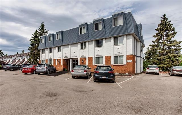 Price Reduced. Professionally Renovated super cute 2 bedroom condo in Spruce Cliff. It's magnificent. Affordable Inner City Living. Top Floor. Concrete Building. Views are Spectacular overlooking the Bow River, Douglas Fir pathway and Downtown. It's a hidden gem. Shopping, Parks/Pathways, LRT, Golf, - all within short walking distance. New clean white Custom Kitchen Cabinets. Stunning Quartz Countertops. Full size appliances. Open Concept Dining Room, Living Room with Expansive Views. New Laminate flooring. New Renovated Bathroom. Custom Built Storage Closets - space for bikes, skiis, backpacks, clothes, shoes! Low Condo fee includes Heat, Water, awesome Legacy Cable Package. New waterproof balcony coating. Glass Railing for optimum nature views. BBQ and patio set included. City park across the street too. This complex is the best kept secret in the SW. Responsible Board, Good Financials, Pet Friendly complex. Big items taken care of - Roof, Windows, Balcony door. Hallways painted. New bike storage.