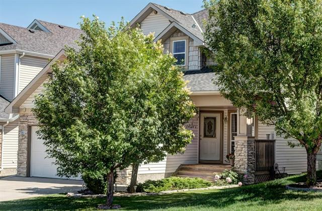 Welcome to this lovely well maintained 4+1 2 storey home located in a quiet cul-de-sac in the growing community of Crestmont. This home has wonderful curb appeal with a quaint porch at the front. It is bright & spacious with large windows throughout, vaulted ceilings that offer floor to ceiling windows in the family room with a gas fireplace. You will love the abundance of kitchen cabinets with 2 pantries, island/breakfast bar, eating area overlooking the beautifully landscaped backyard. Entertain in your formal dining room & living room. You have the convenience of a main floor office along with ½ bath & laundry facilities. The upper floor includes the large master bedroom with 5 piece ensuite & walk-in closet. There are 3 additional generous sized bedrooms with 4 piece bath. The lower level is fully finished with a large rec room, bedroom & 3 piece bath. The backyard is completely landscaped with upper & lower deck, stone edging & storage shed. The home has been meticulously maintained; a must see.