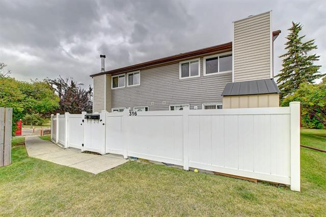 Just reduced $10k..Why Rent when you can Own?! This 2 storey townhome has over 920 sq. ft.,updated kitchen with floor tiles, laminate flooring on the main floor, newer furnace and hot water tank, newer Vinyl sidings and windows. Wide stairs that lead up to 2 bedrooms and a den that can be used as a 3rd bedroom, a large 4pc bath. Wood fireplace for those cold winters and large private fenced patio for those summer nights. Low condo fees at a great price. Come have a look at you won't be disappointed. Just Reduced $10K