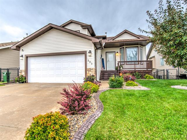 COME VIEW THIS SPACIOUS ,  OPEN DESIGNED ,4 BEDROOM HOME. FULLY FINISHED WITH WALKOUT BASEMENT.  BEAUTIFULLY MANICURED BACK YARD WITH MATURE TREES BACKING  ONTO GREEN SPACE. OPEN BRIGHT LIVING RM, LARGE MAIN FLOOR FAMILY RM, KITCHEN WITH ISLAND, PANTRY & UPGRADED APPLIANCES. VAULTED CEILINGS - UPGRADED FINISH- UPGRADED FLOORING - 2 LARGE DECKS ..... MOVE IN & ENJOY