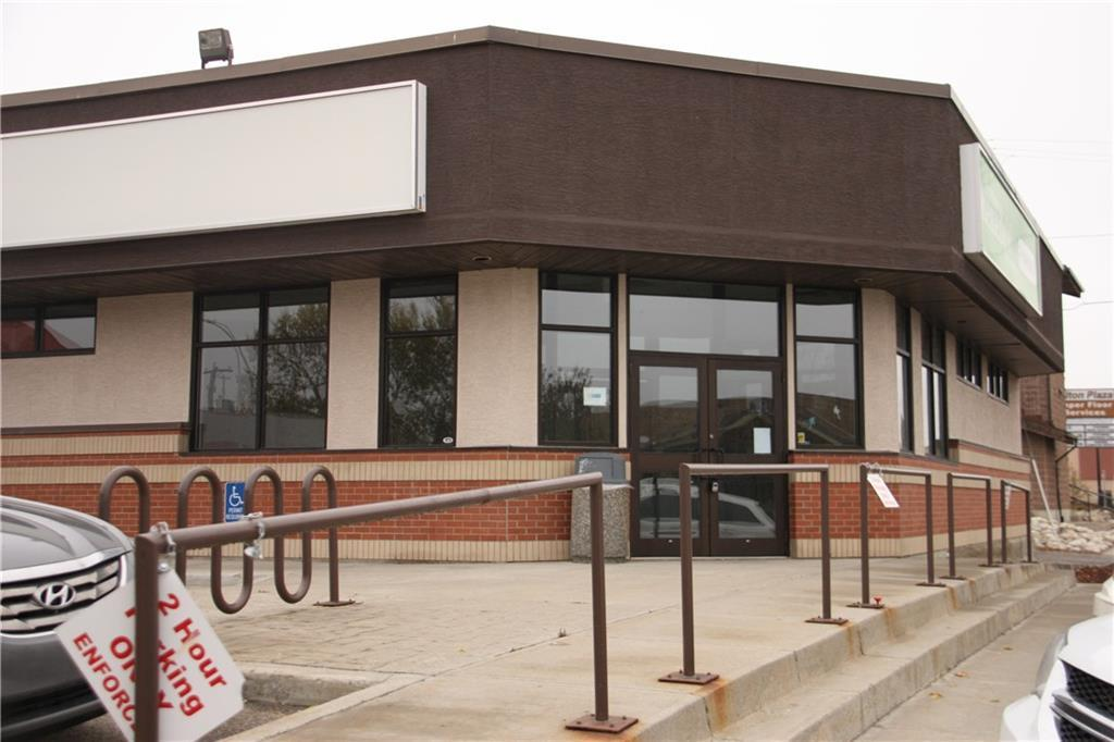 2034 sq. ft for lease in high visibility area with high foot and vehicle traffic.  Adequate off street and on street parking.  Large corner space.  Available immediately.