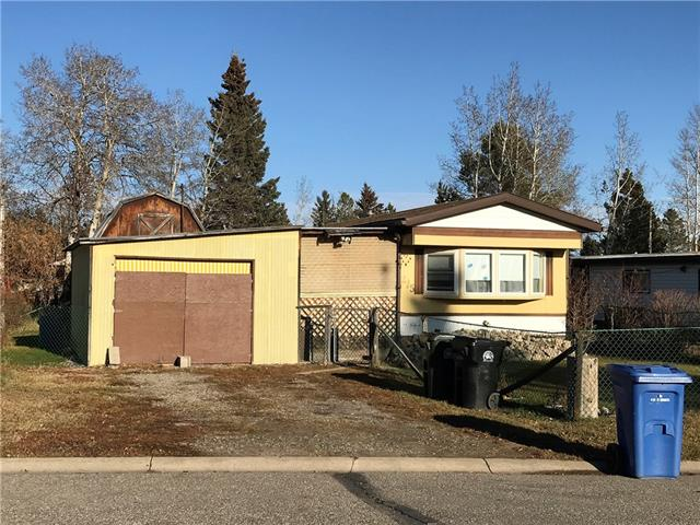 QUIET NEIGHBOURHOOD!  3 Bedroom Mobile on fully fenced lot with covered deck and attached carport.  Close to shopping, schools and walking trails.  A very affordable opportunity to begin home ownership!  Call today to book a showing.