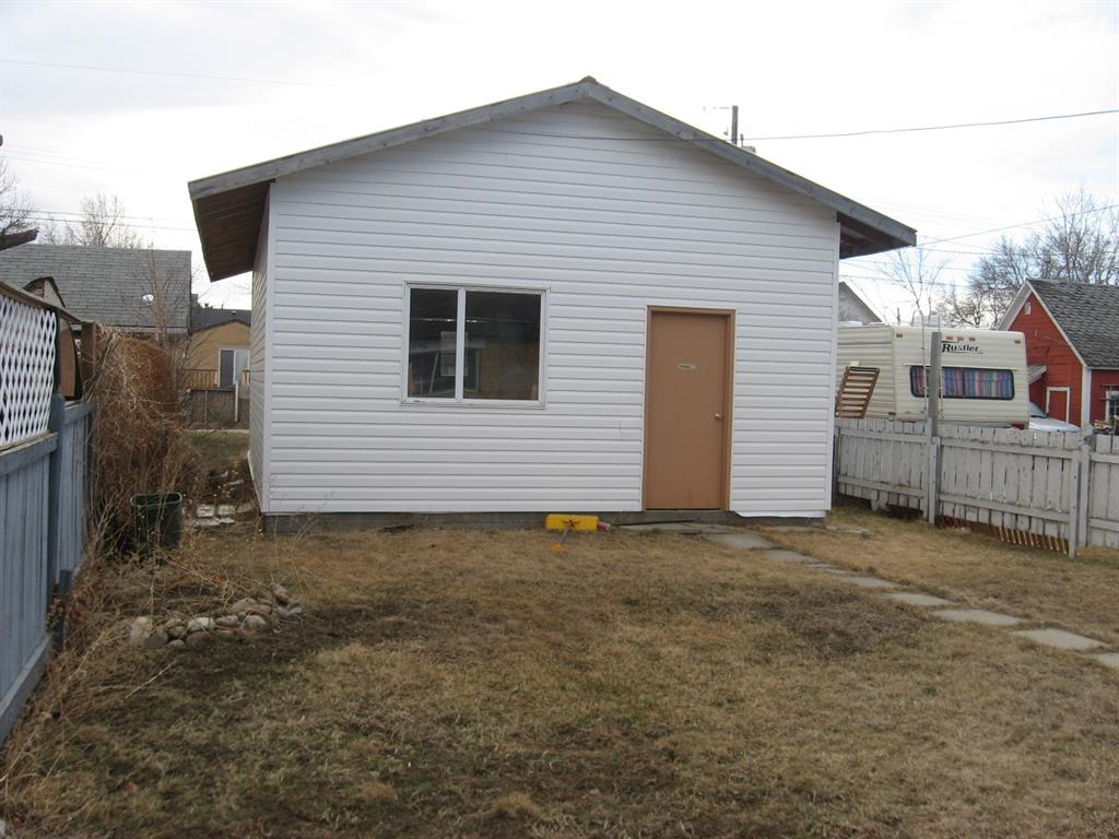 SELLING AS IS WHERE IS. Renovations have been started in this home. Seller is not able to continue project at this time. All permits for renovations that have been started are in place. The seller is offering all laminate flooring, tile, and renovation material with the purchase. Located close to the downtown core and easy highway access. Age of home is unknown.