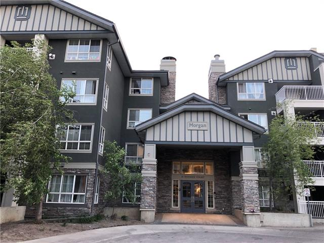 Beautiful one bedroom plus den condo that shows amazing pride of ownership, just steps away from MRU. This gorgeous condo has been meticulously maintained and features the biggest floor plan in the building for a one bedroom unit. New laminate flooring, paint, open concept kitchen, spacious den, gas fireplace, new tiled tub surround and much more! Quiet unit that walks out to an amazing patio overlooking the west facing courtyard and gazebo. Amazing value in the Morgan which includes a gym, owners lounge, movie room, guest suites, additional storage and heated underground parking.