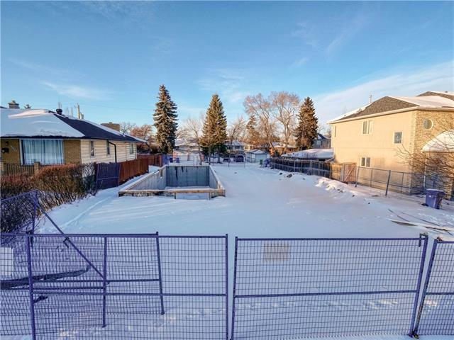 Attention Investors and Builders, excellent opportunity for an infill lot in the sought after community of Banff Trail. Located on a beautiful street with pride of ownership and a large park down the road. This lot is 35 feet wide and 120 feet deep. You can build on this property approximately a 2400 sq.ft 2-storey house plus an additional 1000 sqft in the basement, for a total of 3400 sqft of living space. On the exterior you can build upto a triple detached garage with alley access. Call today for more information.