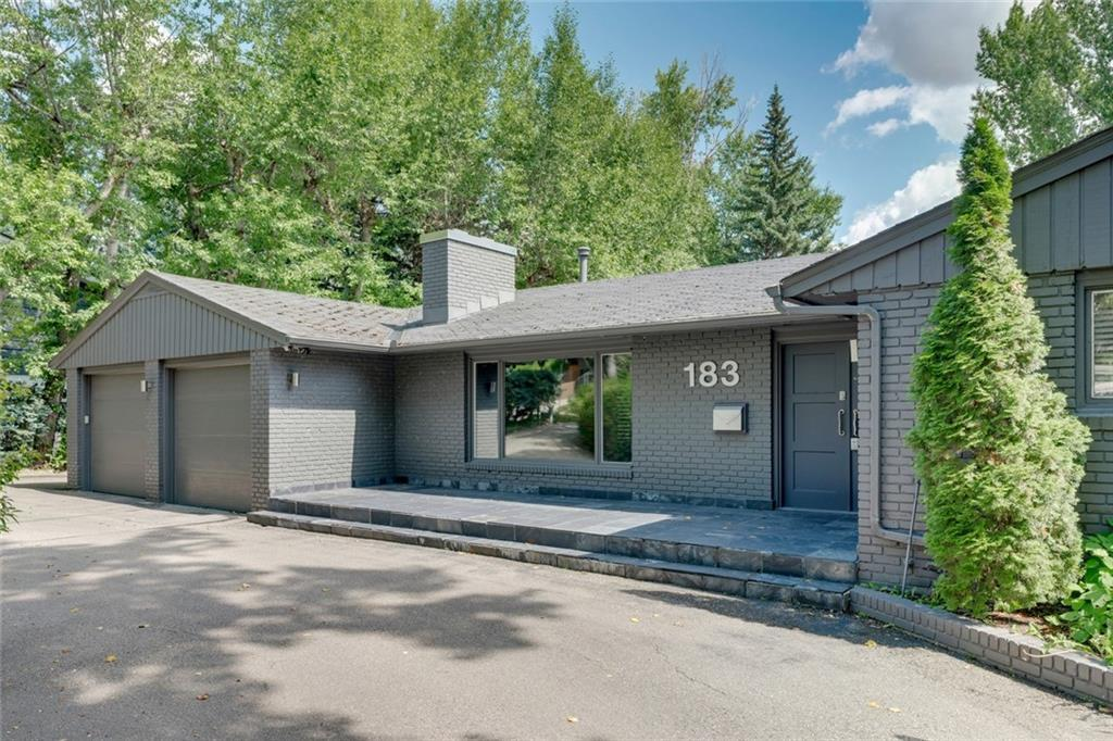 Fabulous Eagle Ridge location. This PROFESSIONALLY RENOVATED bungalow is situated on a mature lot backing onto Eagle Ridge park with