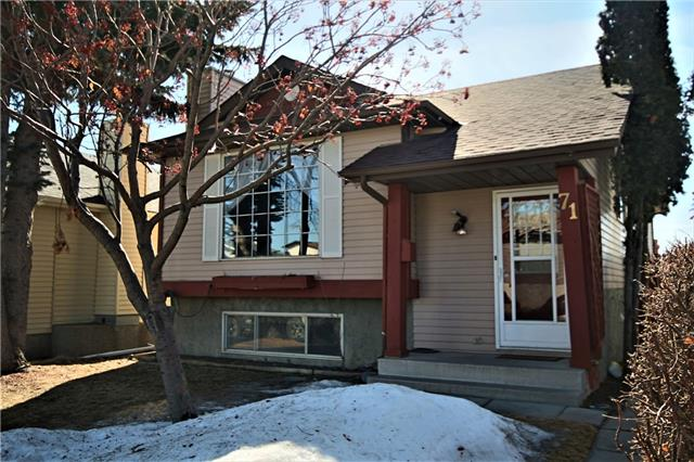 LOCATION !! LOCATION !!! LOCATION CLOSE TO ALL AMENITIES. WHY RENT WHEN YOU CAN OWN A 5 BEDROOMS  THREE BEDROOMS ON MAIN FLOOR & TWO BEDROOMS WITH KITCHEN IN THE BASEMENT WITH SEPARATE SIDE ENTRANCE. RENT DOWNSTAIRS LIFE UPSTAIRS WILL ALMOST HALG ON MORTGAGE. ROOF WAS CHANGED TWO YEARS, NEW HOT WATER TANK, PLUS ANOTHER ADDITIONAL HOT WATER TANK HAS BEEN HOOKED UP TO THE MAIN TANK, YOU WILL NEVER RUN OUT OF HOT WATER. TWO STOVES & TWO REFRIGERATORS