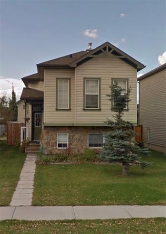 ** Foreclosure . * Judicial Sale * Incredible opportunity to move into this cozy bi-level. Okotoks offers everything you could ask for without the hustle and bustle of city living. This Bi-level features maple hardwood floors throughout the great room and kitchen. Carpeted family room and bedrooms, and tiled bathrooms. Huge walk-in closet in master bedroom, and spacious second bedroom finish off the main floor. Downstairs features large great room, 4 piece bathroom and bedroom for guests.