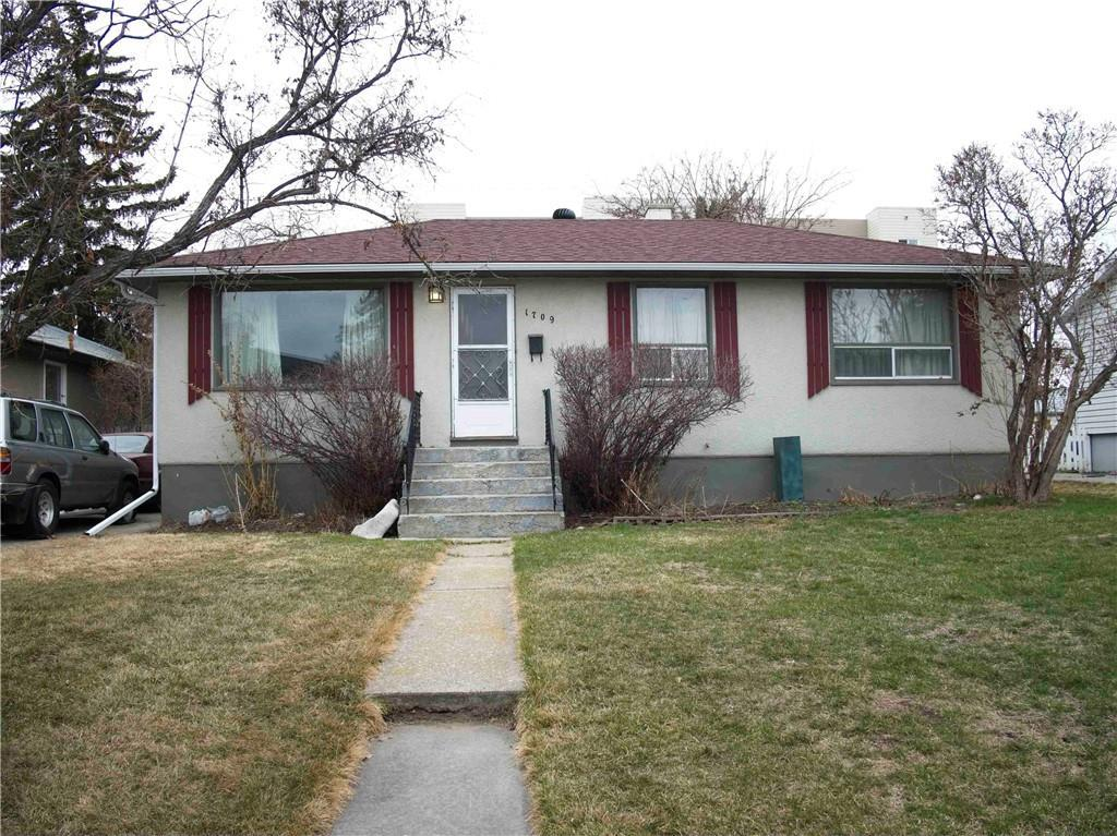 """Great location just off 17th Avenue.  Very close to Westbrook Mall & LRT station.  This home has been in the family for many years & is in mostly original condition, stove & hoodfan """"as is condition"""".  Shingles & eavestroughs replaced in approximately 2016.  PLEASE NOTE M-C2 ZONING!"""
