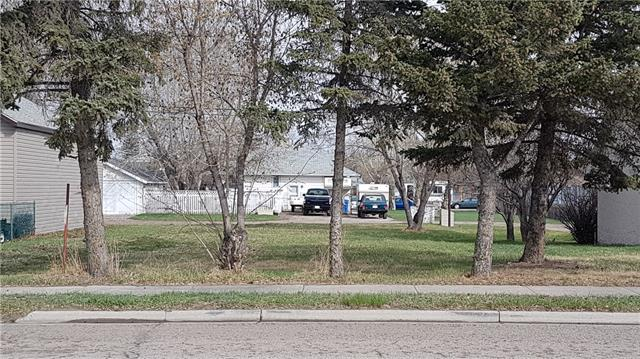 50' x 120' lot zoned R5 located between the North and South bound lanes of highway #2 on 23rd Street in Nanton.  Lot previously had a residential home located on it and has only ever had residential use. Services at the lot line. As per the Town of Nanton Bylaw Land Use Residential Mixed-Use ? R5 is defined as follows: The purpose of this district is to provide low-intensity development accommodating a mix of residential and commercial uses which are compatible with each other and with adjoining uses and can accommodate both public accessibility and parking requirements. Please check out page 57 of the Land Use Bylaw on the Town of Nanton website to see Permitted and Discretionary uses for this lot.