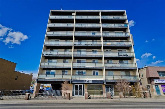 Beautiful large 2 bedroom apartment in an amazing location. North facing, 8th floor condo with stunning views!! Completely renovated property. Kitchen has stainless steel appliances, stone counter tops, and cherry wood cabinets. This condo features 10 foot ceilings and two large bedrooms. Accent brick wall by patio completes this amazing unit. Book a showing today!
