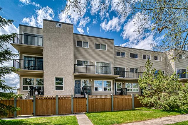 Recently updated, top floor, 2-level, 2 bedroom condo in an ideal Varsity location. This home offers 740+ SqFt of bright and functional living space, new LVP flooring on the main floor, new kitchen counters/backsplash and a fresh coat of paint throughout. A galley-style kitchen offers ample work/storage space + custom pantry & opens up onto a good sized dining nook. The bright living room easily accommodates your full-sized furnishings while a large East-facing balcony offers treed outlook. Upstairs find two nicely proportioned bedrooms, updated 4-piece bathroom and another XL storage room. Assigned parking included.