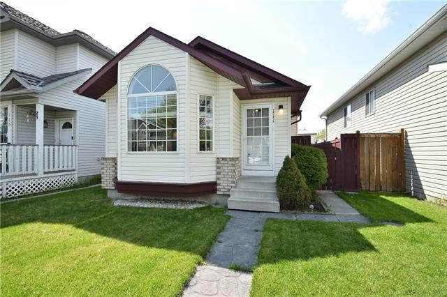 This is what you have been waiting for! Extensively renovated FULLY developed 4 level split with an OVER-SIZED double rear garage with a SOUTH facing rear yard.  This home features a TOTAL of FOUR Bedrooms, 2 bedrooms up and 2 additional bedrooms in the lower levels. There is an eat-in-kitchen that accommodates a growing family.  This home has new plush broadloom, ceramic floors, new light fixtures, designer paint job, both 4 piece baths are remodeled, as well as new horizontal blinds.  A large family room, bedroom and 4 piece bath are located on the 3rd level.  The 4th level has a huge 4th bedroom. The home is located on a quiet crescent complete with a tot lot.  Walk to schools and bus.  This home is ready to move in. Check out the virtual tour.  You won't be disappointed.