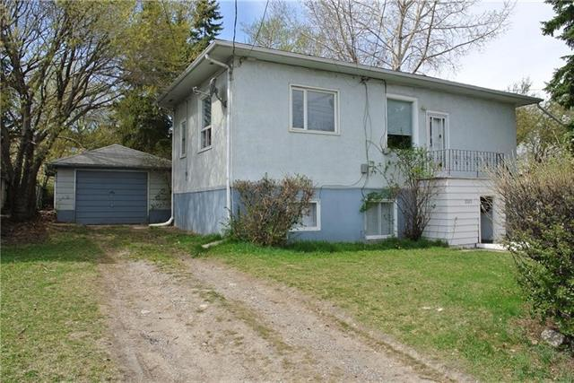 GREAT OPPORTUNITY FOR INVESTORS AND BUILDERS OR GREAT HOLDING PROPERTY.  PURCHASE THIS PROPERTY AND THE ADJACENT LOT FOR A TOTAL OF 36.54 meters (119.88 feet) FRONTAGE and 29.18 meters ( 95.7 feet) DEPTH.  NO SHOWINGS.  PLEASE DO NOT DISTURB TENANTS.  LAND VALUE ONLY.  ZONED R-C2