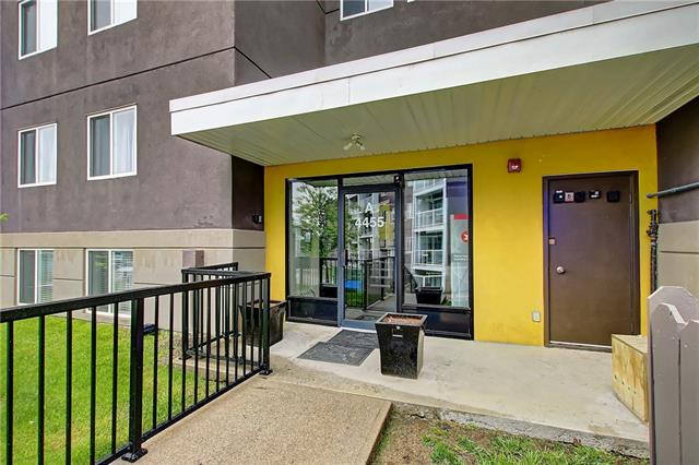 *OPEN HOUSE SUN JUNE 16 FROM 2-4PM* Welcome to Greenview, This stylish one bedroom one bath modern End Unit condo that has been lived in with love is up for grabs and won't stick around for long. Priced to Sell, and PERFECT for first time home buyers. Not only is this an End Unit, but all windows face a beautiful green space & off leash dog park. Upon entry, you will be greeted by Espresso Hardwood Flooring throughout. The kitchen is fully loaded with Floor to Ceiling Espresso Cabinets and Granite Counter-Tops. The bedroom has HIS and HERS Closets, a built in dresser and extra storage space. The bathroom is larger than most and includes the same beautiful Granite Counter-Tops and dual vanity. In- suite laundry for added convenience, this unit is close to schools, pathways and public transit. With all the upgrades, added features and the wonderful views, what?s not to love?