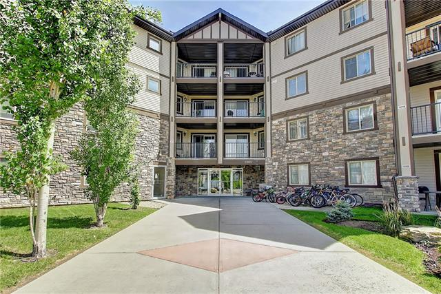 Excellent unit close to all amenities in this well appointed two bedroom, 2 bath, plus den condo. Unit features a very open plan with spacious rooms. Kitchen is open to a eating bar, large living room and dining area. master bedroom has a full en suite.and walk thru closet. The other bedroom is on the other side of living room with another full bath. Patio area is very private, unit has en suite laundry, and a underground parking stall. Condo fees also include access to the neighborhood spray park.