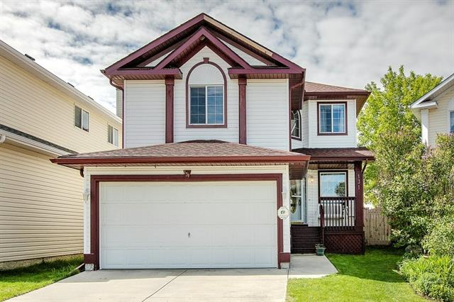 LOCATION, VALUE & VERY LOOKED AFTER HOME PRICED TO SELL. This beautiful 2-Storey home is 1,975 sq.ft & located in the Sought-after LAKE COMMUNITY OF CORAL SPRINGS in a quiet cul-de-sac location. Amazing functional floorplan, ready to move in. The main floor has an area which can be used as a study or den. Open Living/dining & family room with a door leading to a nice sized deck & backyard. You also have a main floor laundry room + half bath. As you make your way upstairs, you will find yourself open to a huge BONUS ROOM ideal for media room/entertainment, Large master bedroom with a 4pc Ensuite. The basement is open and waiting for your finishing touches. New roof only 2 years old. This home has a lot of offer + a Double Attached garage & more. Steps away from playground, public transportation & schools. Coral Springs has year-round activities & is a great community to grow your family. Easy access to McKnight, 16h Ave & Stoney Trail. A Great price & great value! Don't miss out. Check out the pictures!