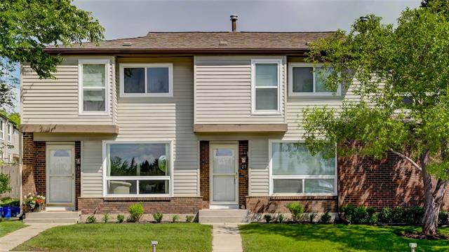 """LOCATION! LOCATION!! LOCATION!!! This home is a PRIZE property! * ST2 * 1066SQFT + F-FIN BASEMENT * 3 BDRM * 2 BATH * PARKING directly in front PLUS your GUEST PARKING is in the """"A"""" stall next to yours!! ** Lots to share about this property & it's location across from the Ridge, Community Pool/Rink/Basketball Courts. ** Kitchen is spacious with huge pantry. Sink, faucet & countertops replaced ~2015; looks out to your private patio with new fencing all around * Livingroom is massive & boasts built-in cabinetry for your entertainment system 2018 * Dining Rm / Flex Rm is the extension to the Livingroom.  Make it all one room, or add an office / dining suite! * Main fl. Powder Room updated 2015 * Master Bedroom is huge & boasts 2 double closets! 2nd & 3rd Bdrms are good size * 4pc Bath has new low-flush toilet & re-glazed tub, 2018 * Bsmt has super soft carpet (10 lb underlay!), is permited; Great living space * Lg storage rm & shelving * Washer (2016) & Dryer (May/19) incl. ** COME CHECK IT OUT!!"""