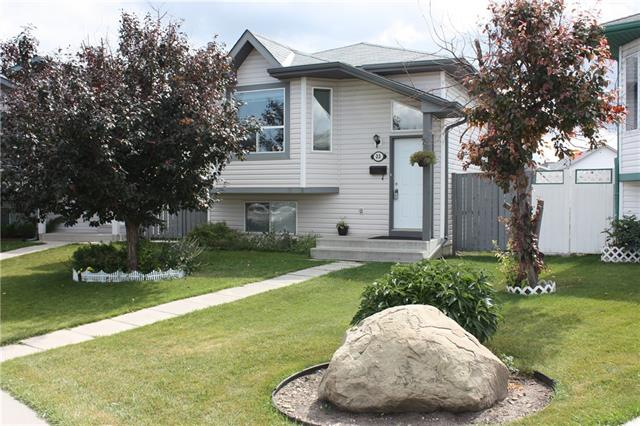 This lovely Bi-Level sits on one of the largest lots in the Community! With 459 Sq.M. of land, this Original Owner reserved the biggest lot available from the developer when built in 1996. This home has a great open-floor plan and has been well taken care of with 3 bedrooms up and a guest room in the fully developed basement. There is plenty of natural light in the Kitchen, dining and Living Room with patio doors and a large bay window. The basement is great for a live-in mother-in-law with a full bathroom and a 3-sided gas fireplace for those chilly Calgary winters. There is plenty of room for a future oversize double garage. Fully fenced and landscaped back yard comes with a nice fire-pit!