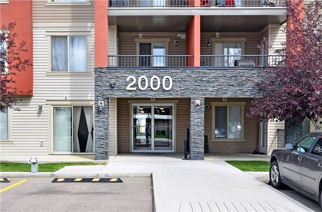 Open House Sunday Jan 19,  2 - 4 pm.   Incredible Value for this 2 bedroom & 2 bathroom original owner condo in a great location! This second floor unit has an open concept floor plan and has been well taken care for. Upon entering you are greeted with an IMMACULATE, BRIGHT floor plan. A DEN is located off the front door, along with a 4 piece bath. The BEAUTIFUL kitchen has RICH CABINETRY, GRANITE COUNTERS, STAINLESS STEEL APPLIANCES, a ton of storage space and an EATING BAR! The kitchen opens into the dining area, which flows into the BRIGHT & SPACIOUS LIVING ROOM! 2 LARGE bedrooms on either side separated by the living room, one complete with a 4 piece ENSUITE and walkthru closet. This unit comes complete with a heated underground parking stall. Steps to shopping, restaurants, schools and public transportaion. Make this your home today!