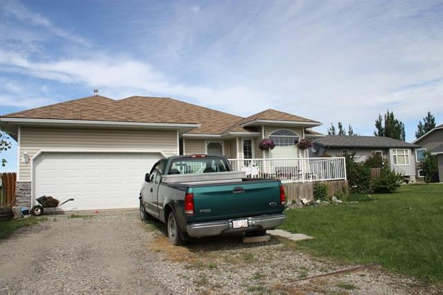 Originally build by a small builder that paid attention to the construction. Three bedrooms up and two bedrooms down in partially completed basement. Large kitchen with ample counter space.  Sitting area with gas fireplace.  This property needs TLC.  Paint, completed flooring, lighting.  Large west facing deck that needs railing overlooking large yard that backs onto farmers field.  No back neighbours.