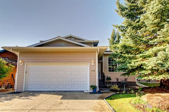For more info click Multimedia - Beautiful 2 storey split with 4 bedrooms new basement complete with the exception of flooring and trim. Exceptional kitchen with solid wood cupboards, granite counter tops, dual ovens, gas stove top and large island and pantry and stone gas fireplace in living room.  Property backs onto greenspace. - For more info click Multimedia