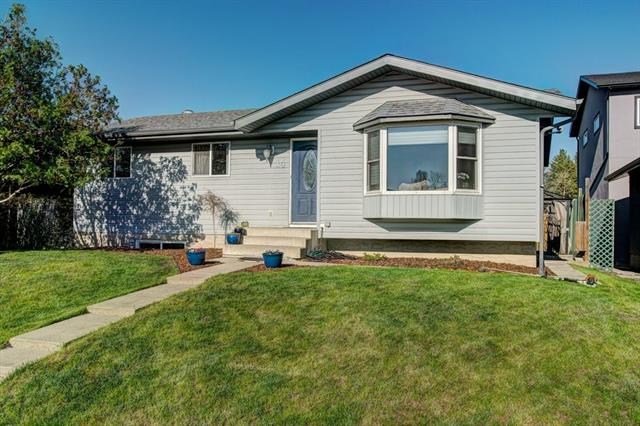 This move in ready bungalow in the established neighbourhood of Rosemont is ready for a new family. The 1016 SF 3 +1 bedroom bungalow located on a quiet street has been updated: remodeled bathroom, windows, appliances, fencing, furnace, on demand hot water, central air conditioning, central vacuum and new roof and eaves in August 2016. The open concept kitchen and dining area has attractive newer maple kitchen cabinetry & matching built-in rear entrance cabinetry. Use one of the bedrooms as an office if needed. The lower level is completely finished with rec room, bedroom and 3 piece bath with a large storage/laundry room. The large backyard is completely fenced with deck, plus RV or additional parking as well as a double detached garage with a rear wide lane. A great neighbourhood with easy access to playgrounds, walking paths and to the highway for commuters. Call today for a viewing.