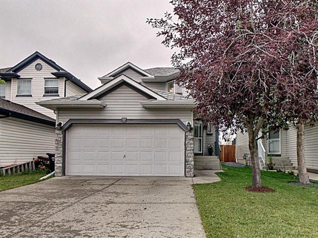 Welcome to this well kept, 2 storey, open concept family home in Hidden Valley. It features tile flooring in foyer and half bath, maple hardwood flooring in dining and kitchen area, panoramic view from master bedroom overlooking a pond and backing onto green space. Upgraded kitchen appliances. it has 3 good size bedrooms up (master bedroom and other bedroom's wall is pinned tapestries), 3 piece ensuite, his and her walk in closets, total 2.5 bathrooms, large living room, spacious kitchen and dining area and large deck. It also has been fully fenced. it is closed to excellent schools, playgrounds and public transit. Close proximity to shopping centers, mall, the airport and the ring road.
