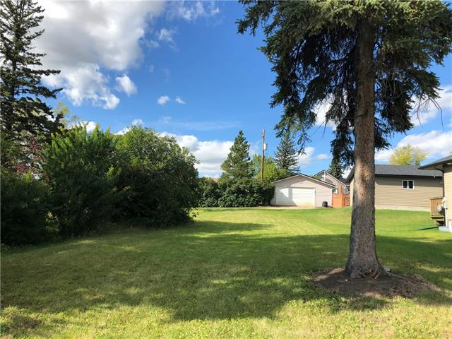 Two residential lots  50X120 located across street from newer subdivision in the Town of Bowden. Second lot MLS number C4266221
