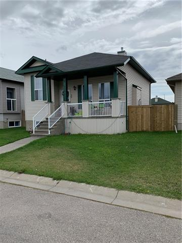 Perfect cash flow property or first time buyer dream. Rent both units or live up rent down. Large lot with lots of parking. It has two legal suites that are metered separately. Separate  Entrance, laundry, furnace & hot water tanks. This home generates great income.