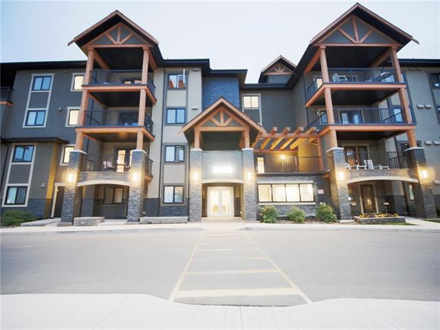 Modern Condo in Quiet Neighbourhood! Cozy, inviting, and modern, this 1bed/bath Kincora condo is just a perfect layout. Imagine breakfasts at your bright kitchen. Comfortable main living area. Great sized bedroom with walk-in closet to your 4 Piece bathroom. Insuite laundry remains tucked away when not in use. Large balcony with great view. Condo comes with underground parking and secured storage space to lock up your gear, perfect for cold winter mornings. Very quiet building with friendly neighbours, close to major shopping, and great transportation options. Perfect for downsizing couples or singles. See today! This is a 18+ building