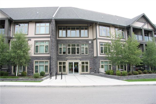 This beautiful 2 bedroom & 2 full bathroom apartment is backing onto the pond and conveniently located in the reputable neighbourhood of Aspen Woods. Very elegant interior design that boasts an open concept and flood of natural light. The floor plan is extremely functional and features a wide foyer, modern kitchen with granite countertops and stainless steel appliances, large living room, balcony overlooks the pond and lovely trees, master bedroom with its own 5pc ensuite, second bedroom, full 5pc main bathroom and a laundry room. The in-floor heating system along with the in suite laundry, titled underground heated parking, storage locker and fitness facility in the complex complete the enjoyment and add to the value of this apartment. Very close to trendy restaurants, schools, shopping centres, playgrounds, bike paths and public transportation with quick access to downtown.