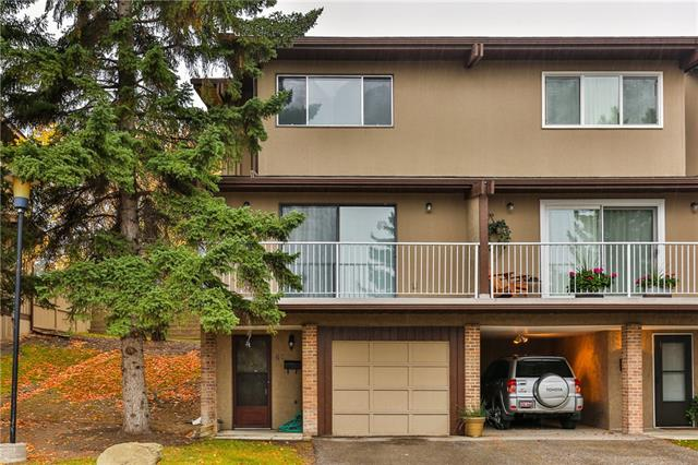 OPEN HOUSE SAT Dec 7th 1-3 pm Welcome to #68, 1055 ? 72nd Ave N.W. with over 1200 sq ft developed. This renovated 3 bedroom END UNIT has new wide plank Luxurious Laminate floors on entire main floor with new baseboards & Updated kitchen cabinets. 3 bedrooms up and rec room on entry level. Balcony has panoramic views. Close to schools, parks, transit and shopping. Check out the 3D Tour link. Book your showing today.