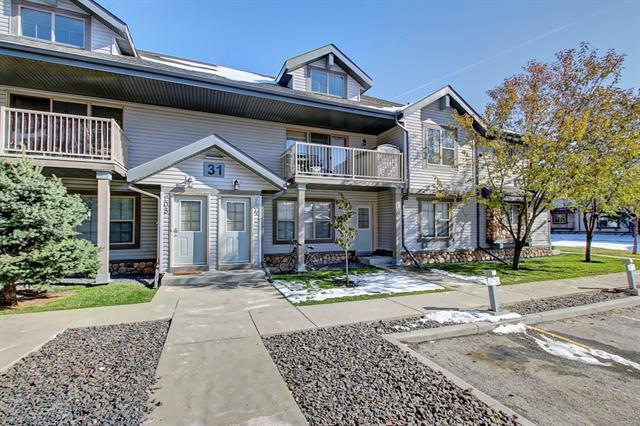 WELCOME TO YOUR NEW HOME IN EVERRIDGE SQUARE in SW community of Evergreen. This stacked corner unit bungalow offers over 750 sq/ft of living space comes with 2 bedrooms, 4-piece bathroom, laundry room (stacked full-size W&D) & 2 parking stalls. The open concept floorplan offers laminate flooring throughout, large windows for natural light, in-floor heating from tankless hot water, & white kitchen cabinets with stainless steel appliances, corner pantry & large island for storage. Low monthly condo fees & AMAZING DEAL for First-Time Home Buyers and/or Real Estate Investors for rental. Check out Evergreen ? close to Fish Creek park, public schools, mountain views, shopping nearby, easy access to Macleod Tr & Stoney Trail, public transportation, golf courses & parks. Priced to Sell. Appointment only. Call Now!